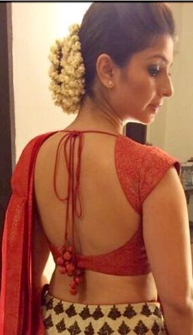 Tanisha in classic backless blouse. | Backless blouse desig