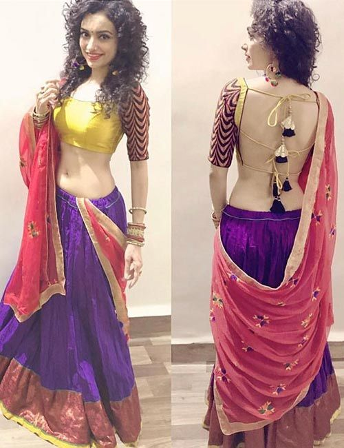 30+ Blouse Back Designs To Rule This Season | Saree backless .