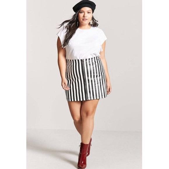 Forever 21 Skirts | Black And White Striped Skirt | Poshma