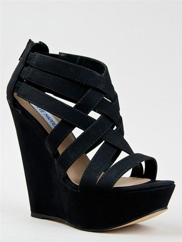 i wanted these for formal in beige but they only had them in a 5 .