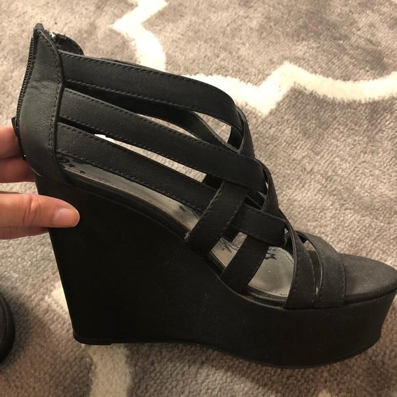 Brash Shoes | Strappy Black Wedge Heels | Poshma