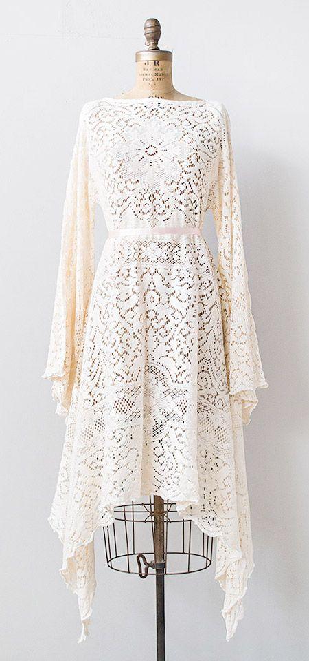 vintage 1970s pale pink lace boho dress | #vintage #1970s .