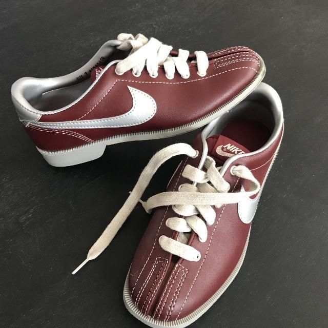 Best Women's Nike Bowling Shoes for sale in Hendersonville .