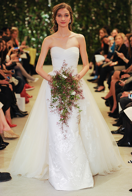 carolina-herrera-wedding-dresses-spring-2016-022 - The White Room .