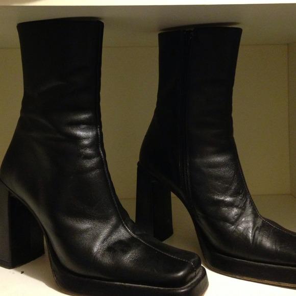Charles David Shoes   Vintage Boots   Poshma