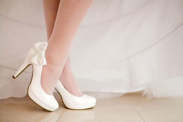 8 Tips For Making Your Wedding Shoes Comfortab
