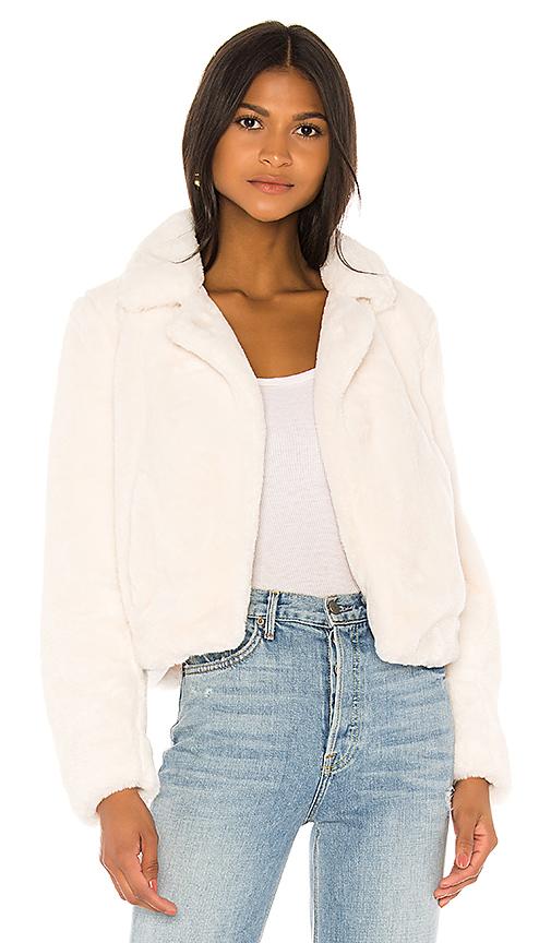 BLANKNYC Cream Faux Fur Jacket in Cream   REVOL