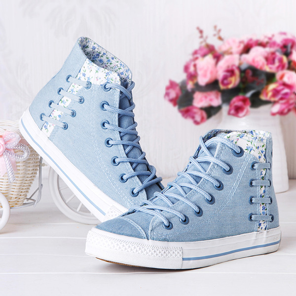 Floral denim canvas lace shoes · Cute Kawaii {harajuku fashion .