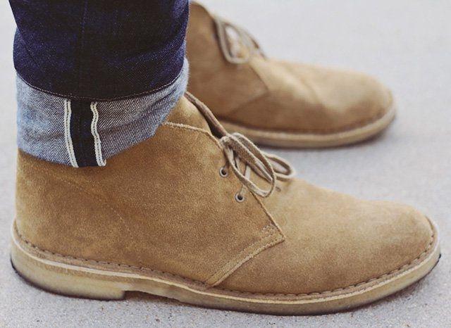 OAKWOOD DESERT BOOTS BY CLARKS   Desert boots, Clarks desert boot .