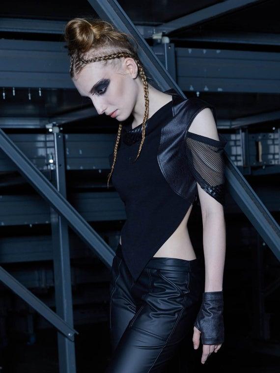 Goth crop top gothic clothing dystopian alternative woman top   Et