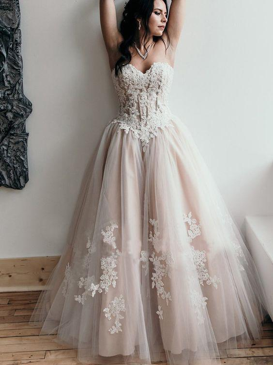 A-line Sweetheart Lace Wedding Dress Rustic Bridal Gowns AMY2639 .