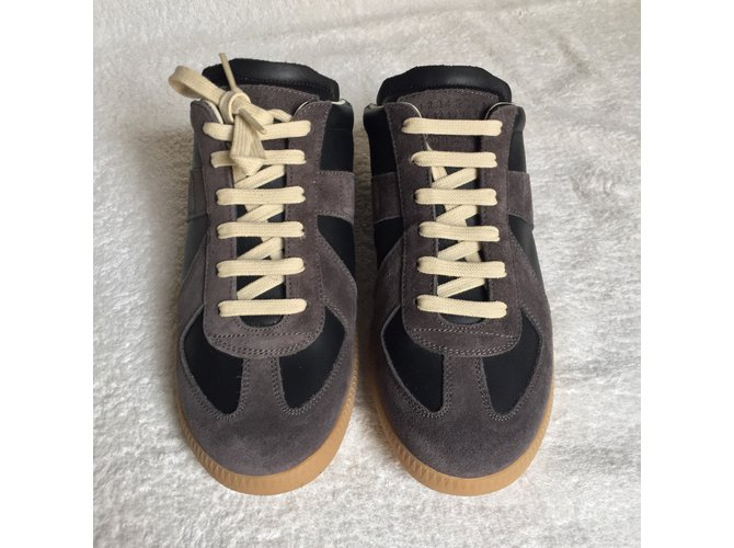 Maison Martin Margiela Sneakers Sneakers Leather Multiple colors .
