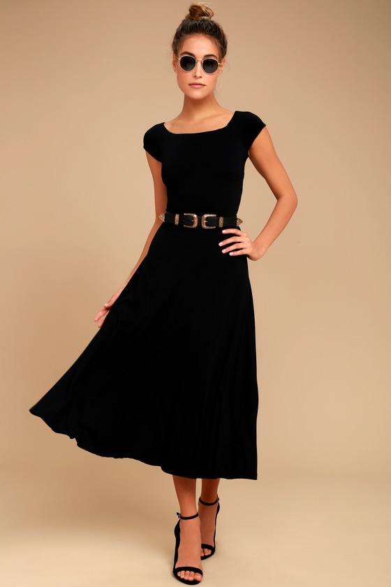 A La Mode Black Midi Dress | Cute black dress, Black midi dre