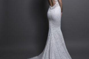 Modern Sheath Wedding Dress | Kleinfeld Brid