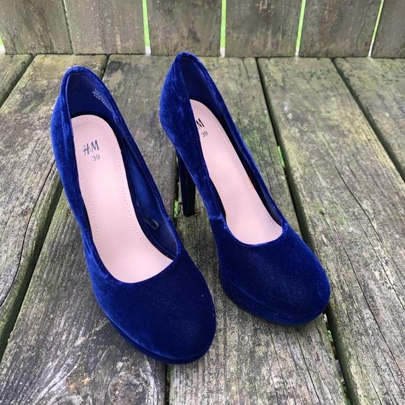H&M Shoes | Hm Velvet Royal Blue Pumps | Poshma