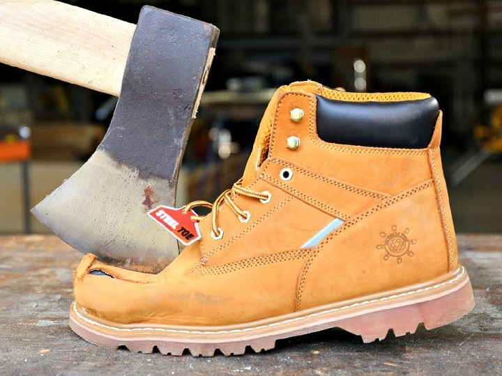 How to Widen Steel Toe Boots? – Savvy About Sho