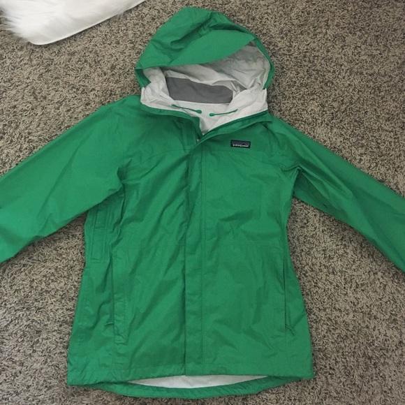 Patagonia Jackets & Coats   Womens Rain Jacket   Poshma