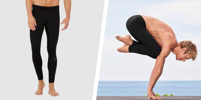 12 Best Yoga Clothes for Men 20